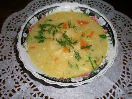Przepis: Zupa serowo-ziemniaczana