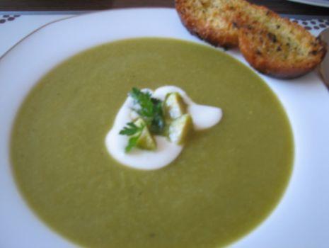 Przepis: Zupa krem z brukselki