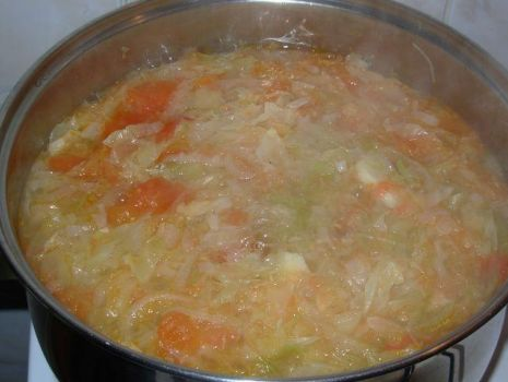 Przepis: Dieta - zupa z kapusty białej i kiszonej