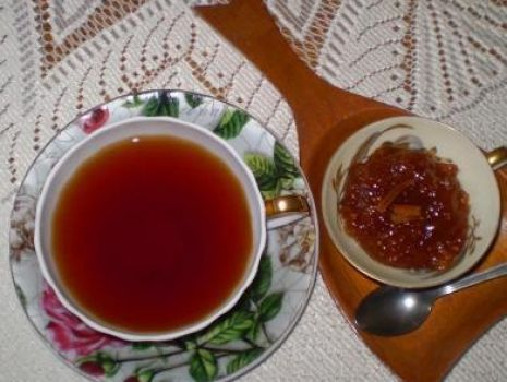Przepis: Herbata z imbirem i smaczkiem pomarańczy :