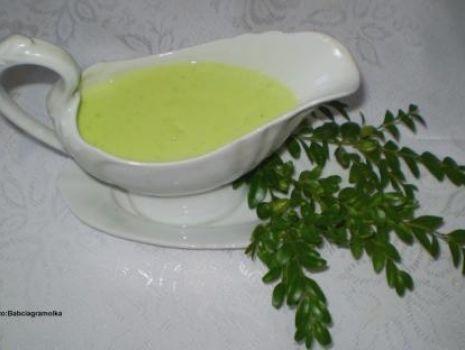 Przepis: Zielony sos chrzanowy do jajek i mięs na gorąco :