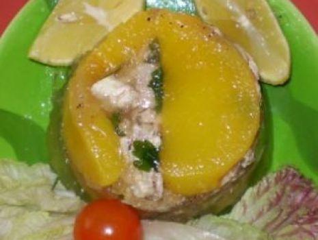 Przepis: Galaretki drobiowe z brzoskwinią :