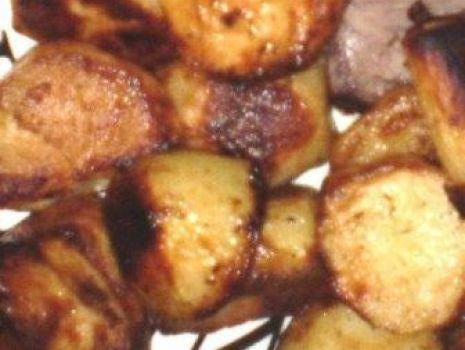 Przepis: Ziemniaki pieczone z pietruszką :