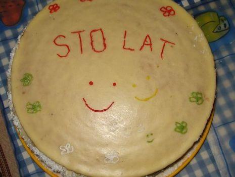 Przepis: Tort Urodzinowy