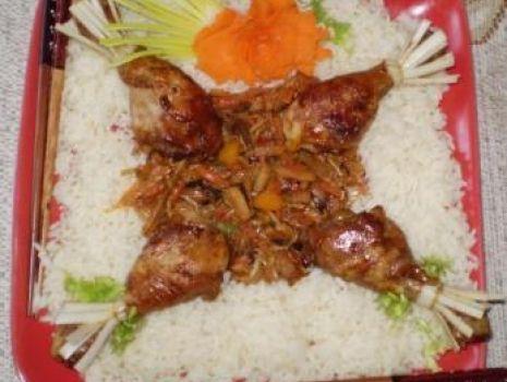 Przepis: Kurczaka modłę orientalną  z warzywami i ryżem :