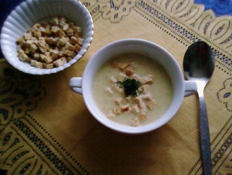 Przepis: Wiosenna zupa serowa.