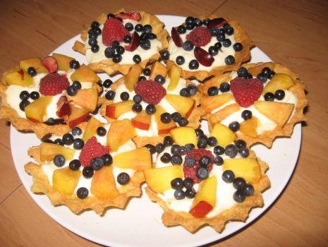 Przepis: Babeczki z owocami