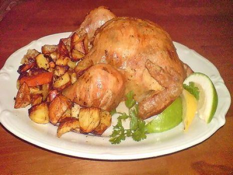 Przepis: kurczak pachnący cytrusami z pieczonymi warzywami