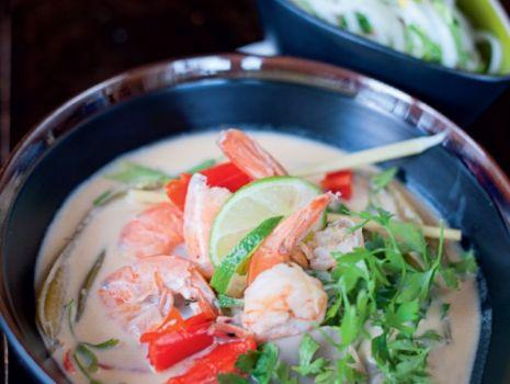 Przepis: Tajska zupa z krewetkami