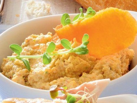 Przepis: Sałatka z gotowanego kurczaka
