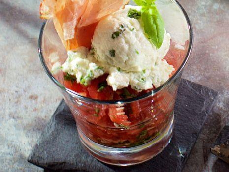 Przepis: Kompot z pomidorów z kozim serem
