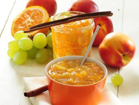 Przepis: Dżem z pomarańczy, winogron i nektarynek
