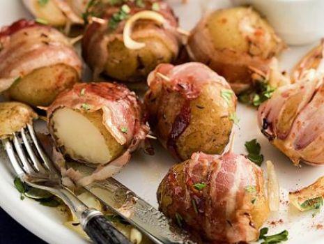 Przepis: Ziemniaki smażone w boczku