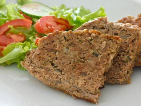 Przepis: Baba mięsna zapiekana w boczku
