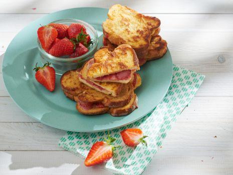Przepis: Francuskie tosty z chałki