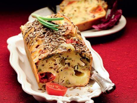 Przepis: Keks z szynką i mozzarellą