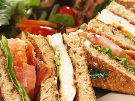 Przepis: Sandwich klubowy