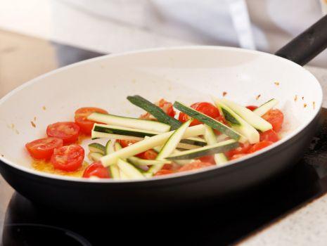 Przepis: Naleśniki z warzywami