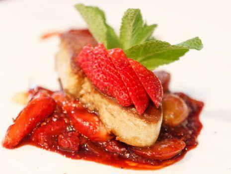 Przepis: Filety z indyka z sosem
