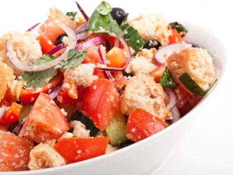 Przepis: Włoska sałatka panzanella