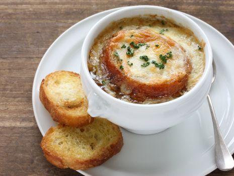 Przepis: Zupa cebulowa