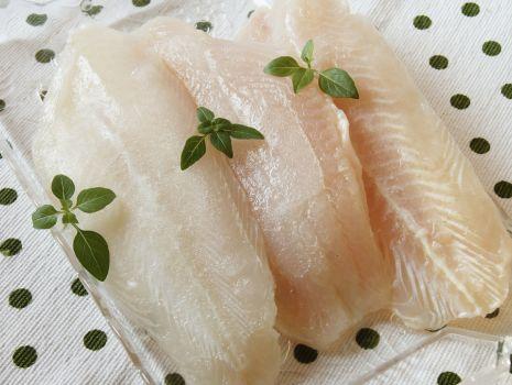 Przepis: Okoń morski z warzywami