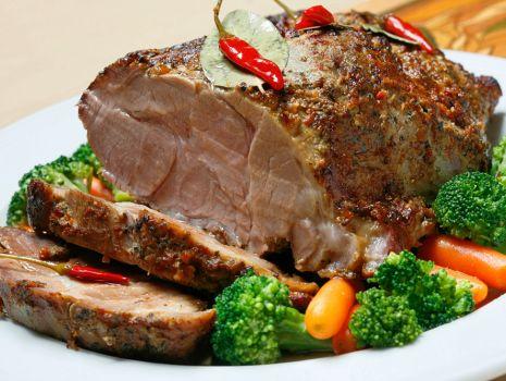 Przepis: Porco al forno – zapiekana wieprzowina z warzywami