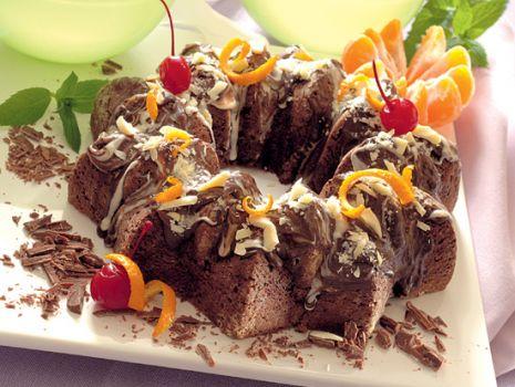 Przepis: Piernikowy wieniec czekoladowy