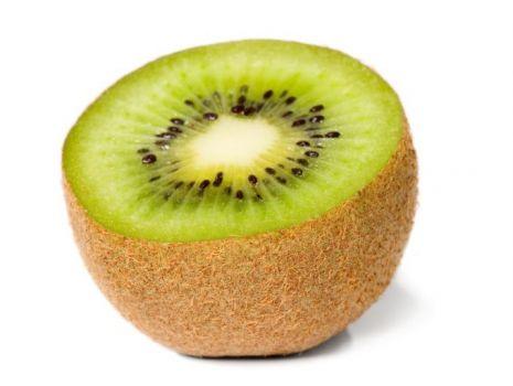 Przepis: Mazurek przekładany z owocami