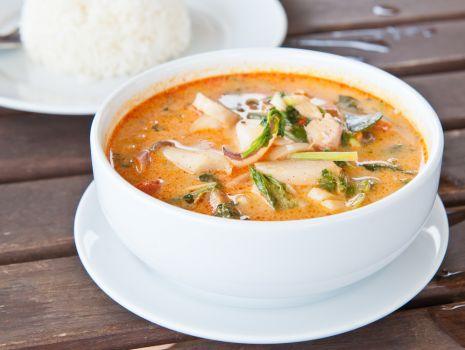 Przepis: Zupa rybna z pomidorami