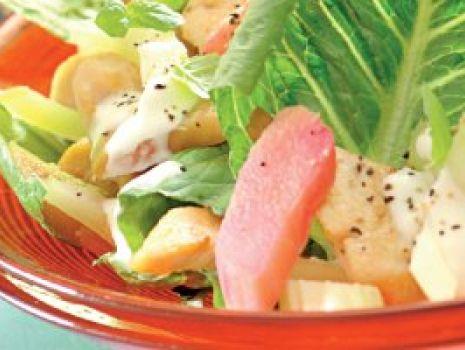 Przepis: Sałatka rabarbarowa z kurczakiem