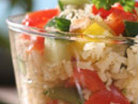 Przepis: Sałatka ryżowa z papryką