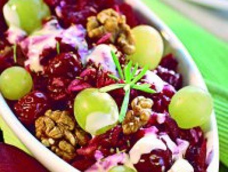 Przepis: Sałatka z buraczków z winogronami