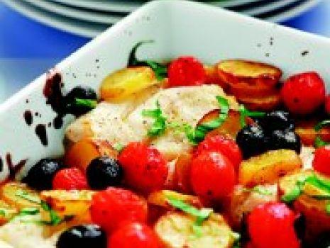 Przepis: Pieczony dorsz z oliwkami
