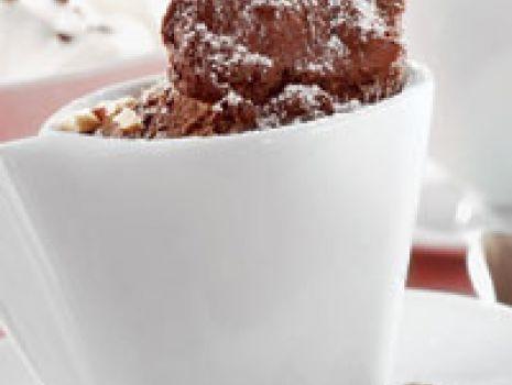 Przepis: Sufleciki czekoladowo - orzechowe