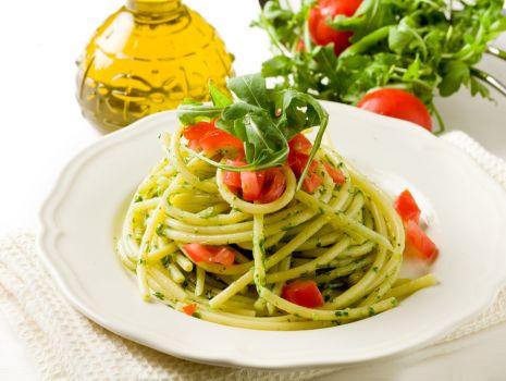 Przepis: Spaghetti z pesto z rukoli