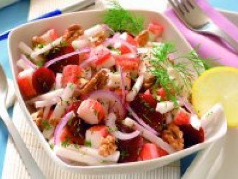 Przepis: Sałatka śledziowa z marynowanymi warzywami