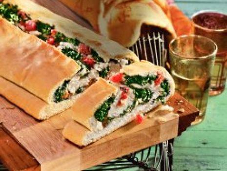 Przepis: Chlebek z farszem szpinakowym