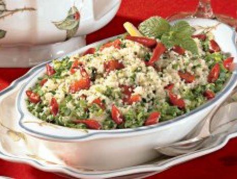 Przepis: Sałatka z kuskusu z pieczonymi warzywami