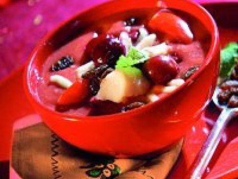 Przepis: Zupa rybna z wiśniami