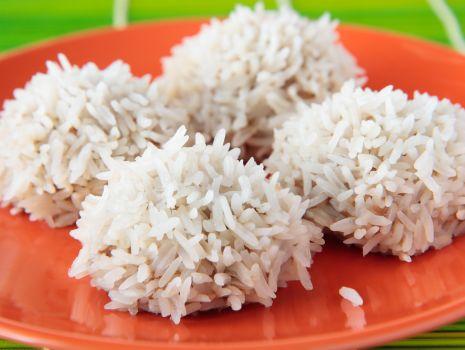 Przepis: Nadziewane kulki ryżowe
