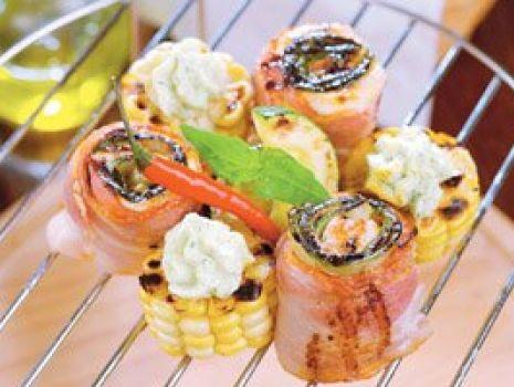 Przepis: Szaszłyki z indyka z kukurydzą