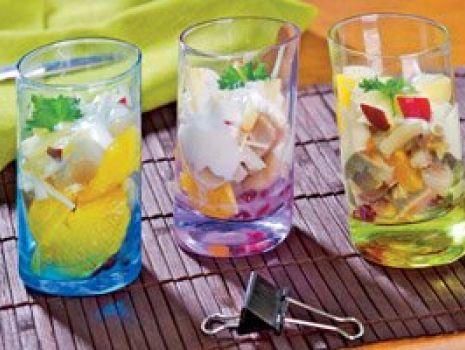 Przepis: Sałatka śledziowa w szklankach