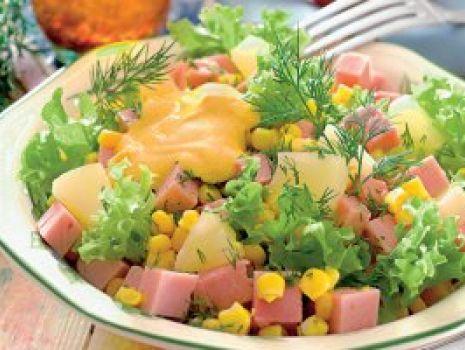Przepis: Sałatka z szynką i ananasem