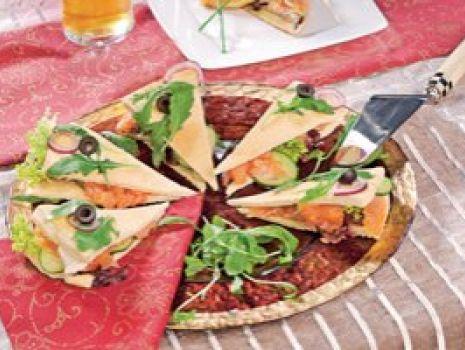 Przepis: Pizza z łososiem