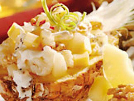 Przepis: Sałatka z kalafiora i ananasów