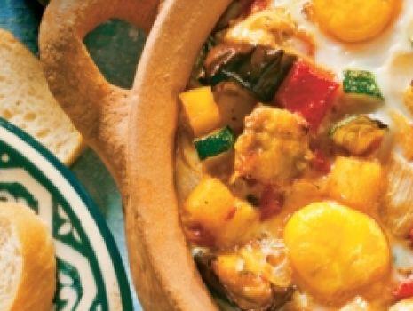 Przepis: Jajka sadzone na warzywach