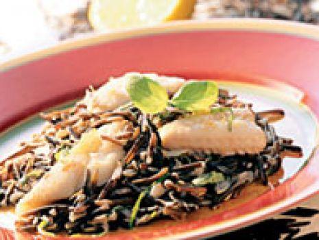 Przepis: Filety z flądry z dzikim ryżem
