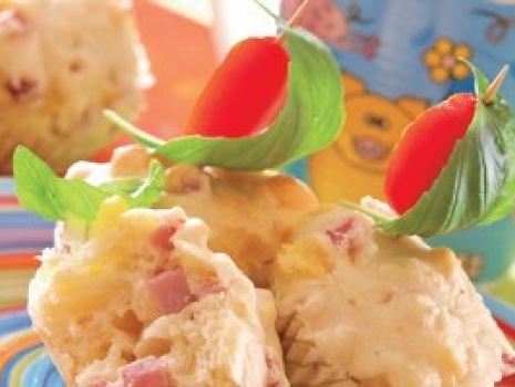 Przepis: Mufinki z szynką i serem