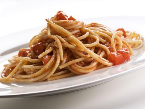 Przepis: Spaghetti z aromatem bazylii
